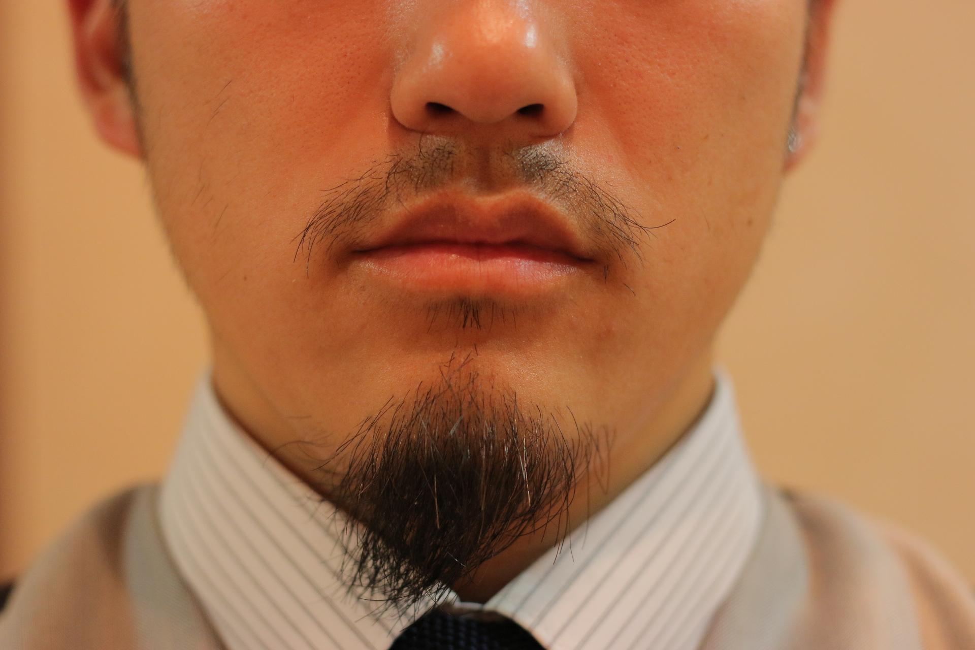 髭デザインIMG_5102