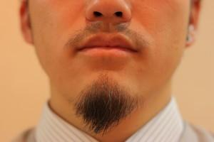 髭を整える_IMG_5118