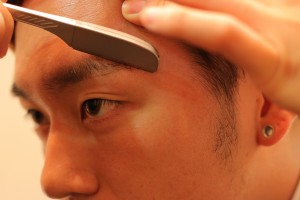 男の眉毛の整え方IMG_5125