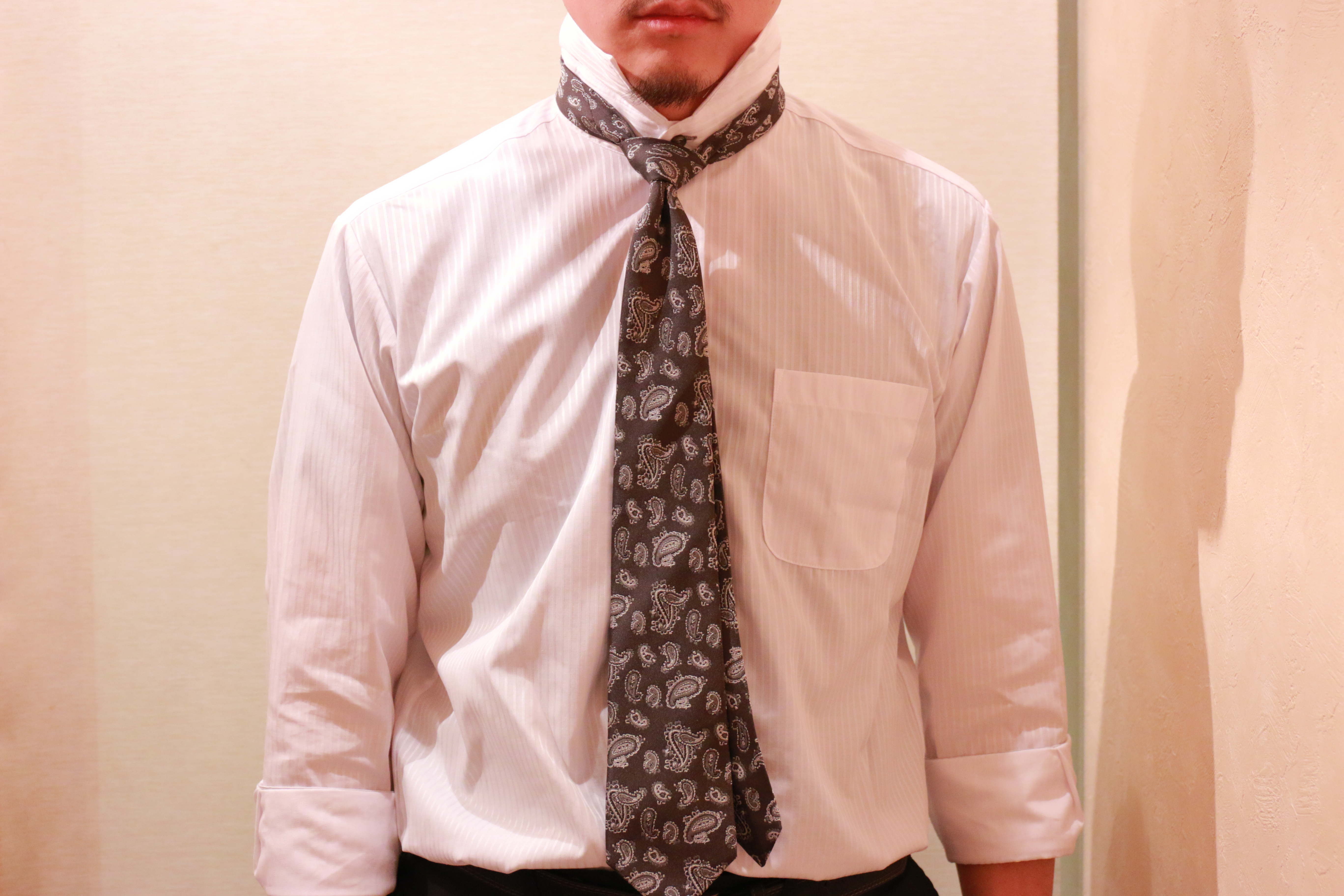 ネクタイの結び方